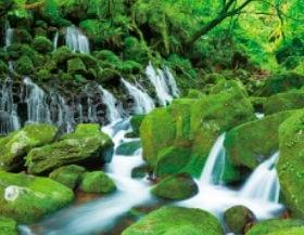 画像:6月 元滝伏流水(秋田) ザ・日本 2020年カレンダー