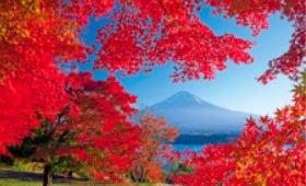 画像:11月 山梨県 河口湖 フォーエバージャパン 2020年カレンダー