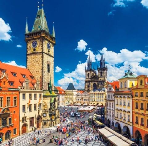画像:7-8月 プラハ('チェコ) ワイドヨーロッパ(フィルムカレンダー) 2020年カレンダー