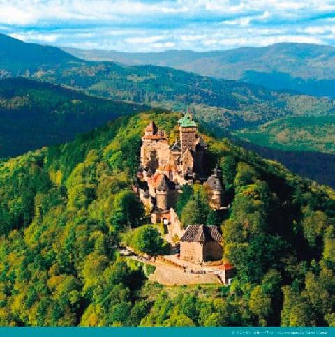 画像:7-8月 オークニクスブール城(フランス) 絶景 世界の城(フィルムカレンダー) 2020年カレンダー