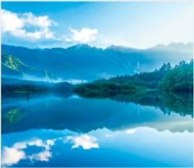 画像:7-8月 上高地(長野) 日本の詩情(フィルムカレンダー・小) 2020年カレンダー