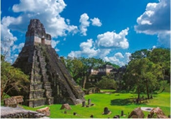 画像:7月 ティカル国立公園(グアテマラ) 魅惑の世界遺産 2020年カレンダー