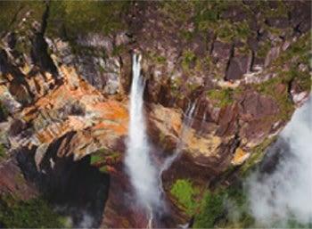 画像:7月 カナイマ国立公園 エンジェルフォール スカイジャーニー 2020年カレンダー