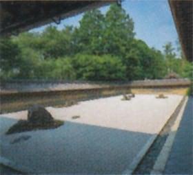 画像:7月 龍安寺(京都) 庭の詩情 2020年カレンダー