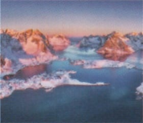画像:1月 ロフォーテン諸島(ノルウェー) ファンタジーワールド(B) 2020年カレンダー